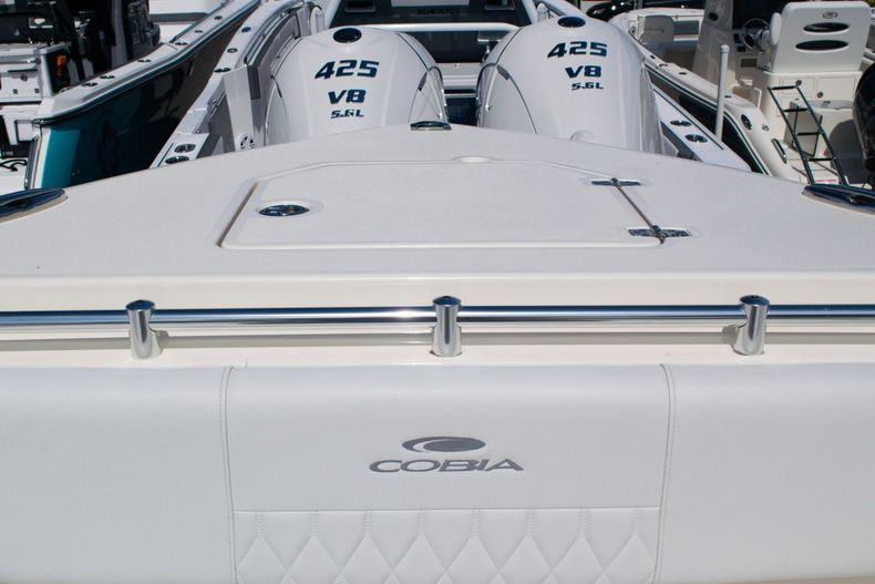 Thumbnail 58 for New 2020 Cobia 320 CC Center Console boat for sale in West Palm Beach, FL