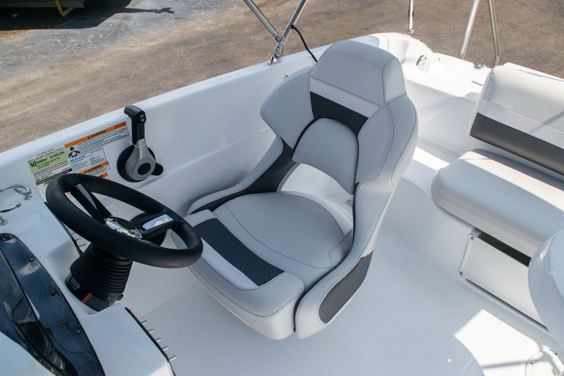 Thumbnail 15 for New 2020 Hurricane SS 188 OB boat for sale in Vero Beach, FL