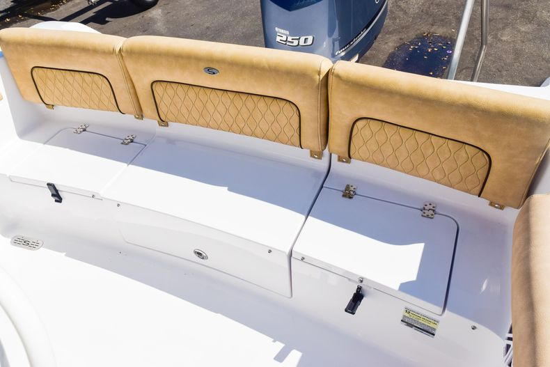Thumbnail 19 for New 2020 Sportsman Heritage 231 Center Console boat for sale in West Palm Beach, FL