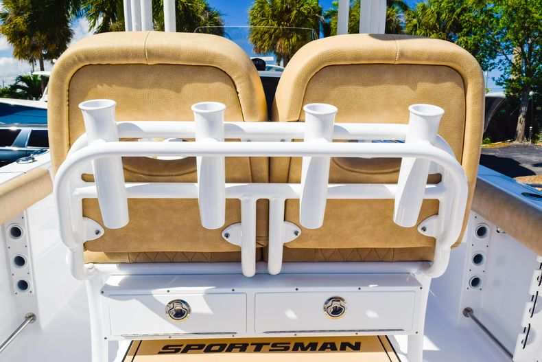 Thumbnail 24 for New 2020 Sportsman Heritage 231 Center Console boat for sale in West Palm Beach, FL