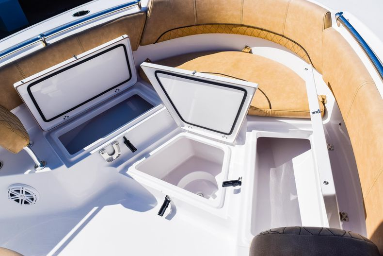 Thumbnail 54 for New 2020 Sportsman Heritage 231 Center Console boat for sale in West Palm Beach, FL