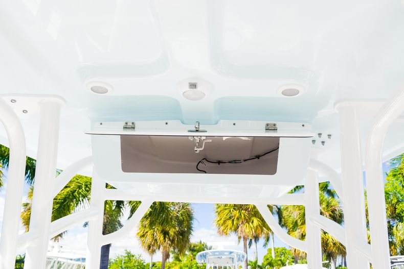 Thumbnail 30 for New 2020 Sportsman Heritage 231 Center Console boat for sale in West Palm Beach, FL