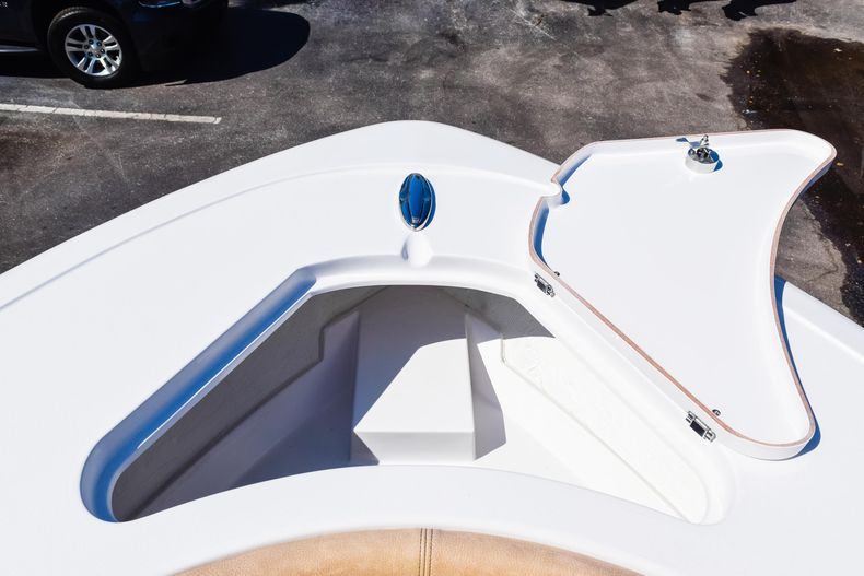 Thumbnail 56 for New 2020 Sportsman Heritage 231 Center Console boat for sale in West Palm Beach, FL