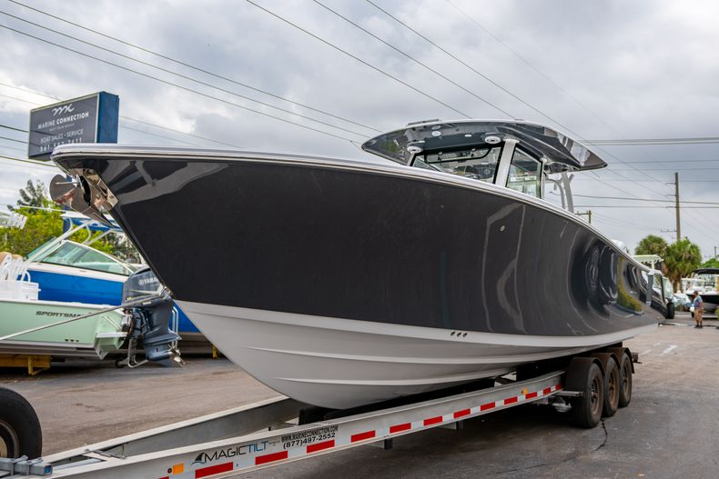 Thumbnail 3 for New 2020 Sportsman Open 352 Center Console boat for sale in West Palm Beach, FL