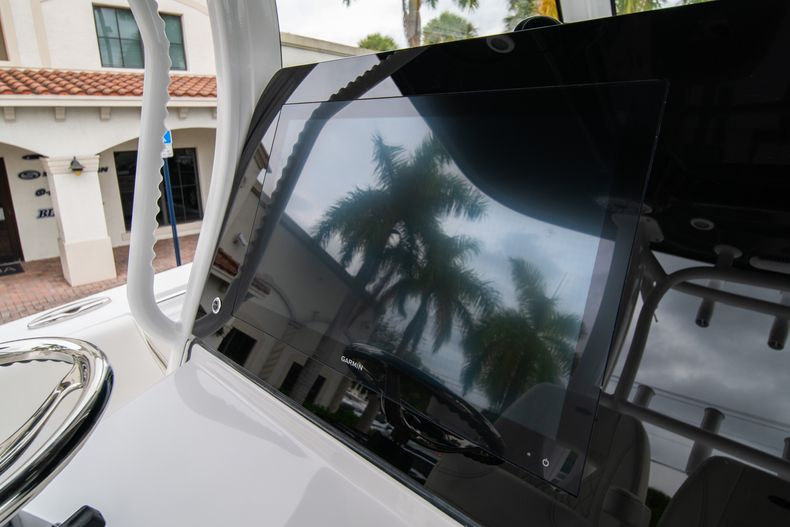 Thumbnail 18 for New 2020 Sportsman Open 352 Center Console boat for sale in West Palm Beach, FL