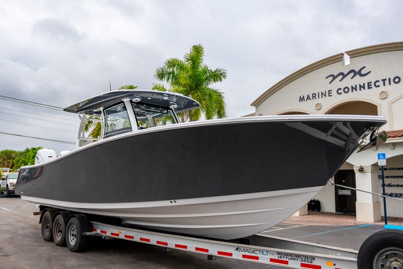 Thumbnail 1 for New 2020 Sportsman Open 352 Center Console boat for sale in West Palm Beach, FL
