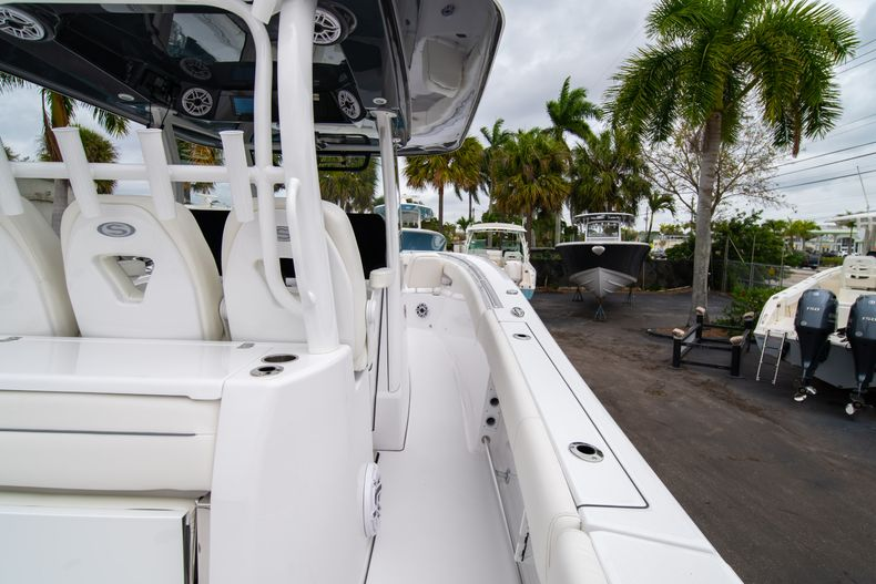 Thumbnail 12 for New 2020 Sportsman Open 352 Center Console boat for sale in West Palm Beach, FL