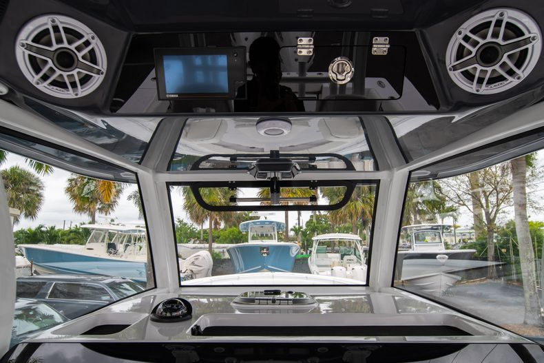 Thumbnail 19 for New 2020 Sportsman Open 352 Center Console boat for sale in West Palm Beach, FL
