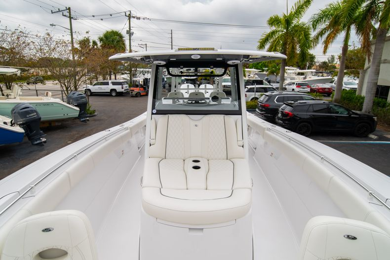 Thumbnail 28 for New 2020 Sportsman Open 352 Center Console boat for sale in West Palm Beach, FL