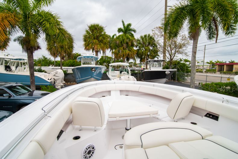 Thumbnail 27 for New 2020 Sportsman Open 352 Center Console boat for sale in West Palm Beach, FL