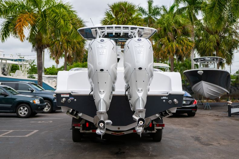 Thumbnail 6 for New 2020 Sportsman Open 352 Center Console boat for sale in West Palm Beach, FL
