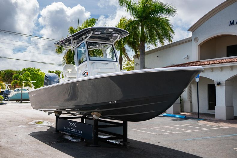Thumbnail 1 for New 2020 Sportsman Masters 267OE Bay Boat boat for sale in West Palm Beach, FL