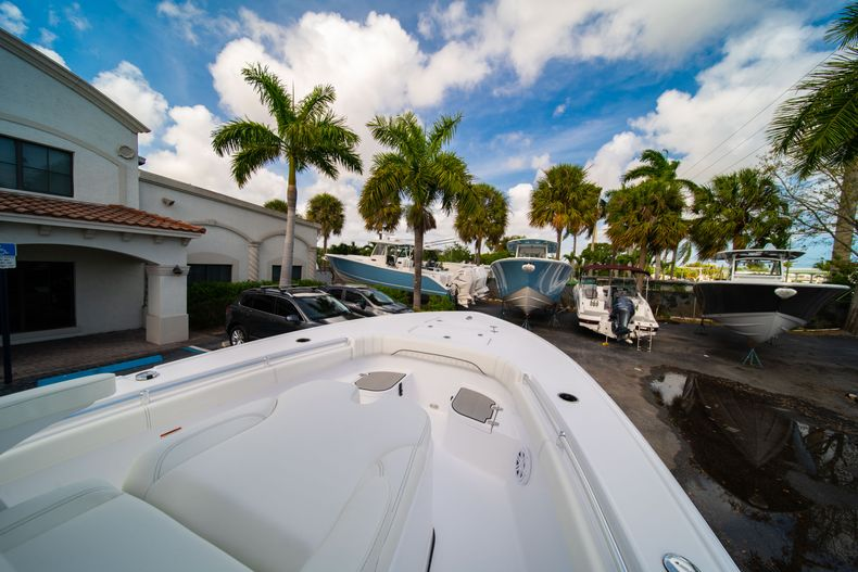 Thumbnail 33 for New 2020 Sportsman Masters 267OE Bay Boat boat for sale in West Palm Beach, FL