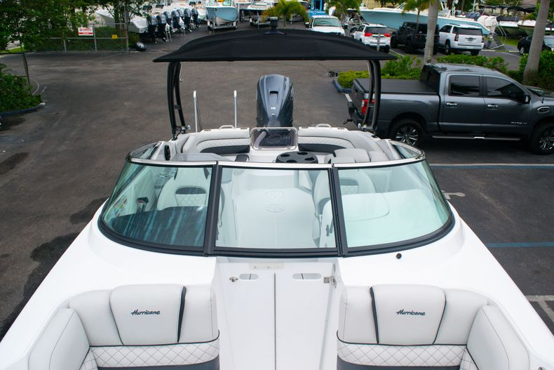 Thumbnail 41 for New 2020 Hurricane SD 2690 OB boat for sale in West Palm Beach, FL