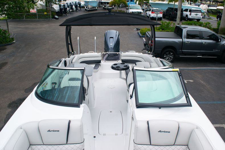 Thumbnail 40 for New 2020 Hurricane SD 2690 OB boat for sale in West Palm Beach, FL