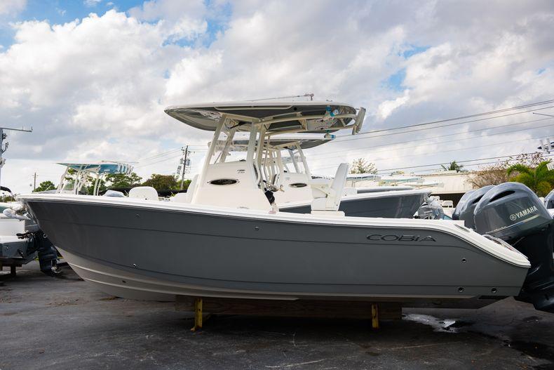 Thumbnail 36 for New 2020 Cobia 240 CC Center Console boat for sale in Vero Beach, FL