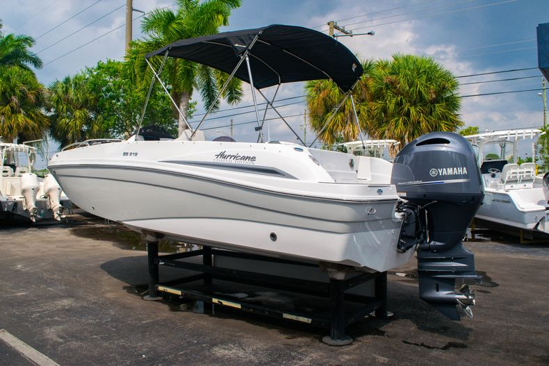 Thumbnail 5 for New 2020 Hurricane SS 218 OB boat for sale in West Palm Beach, FL