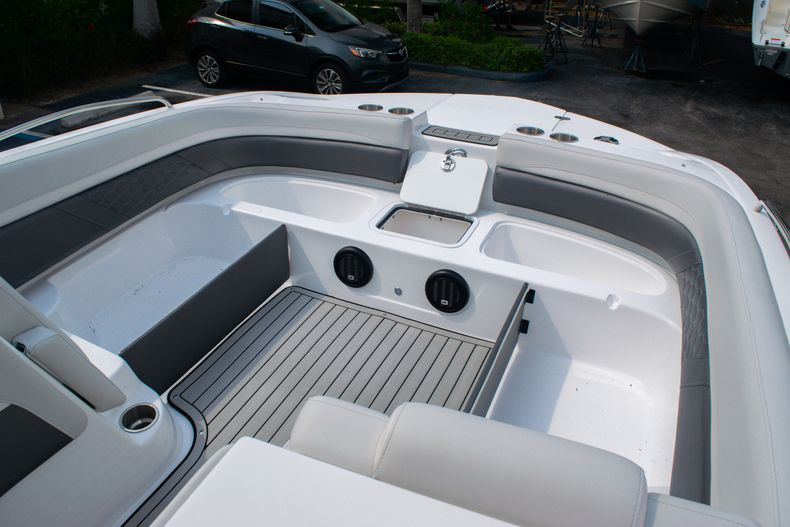 Thumbnail 30 for New 2020 Hurricane SS 218 OB boat for sale in West Palm Beach, FL