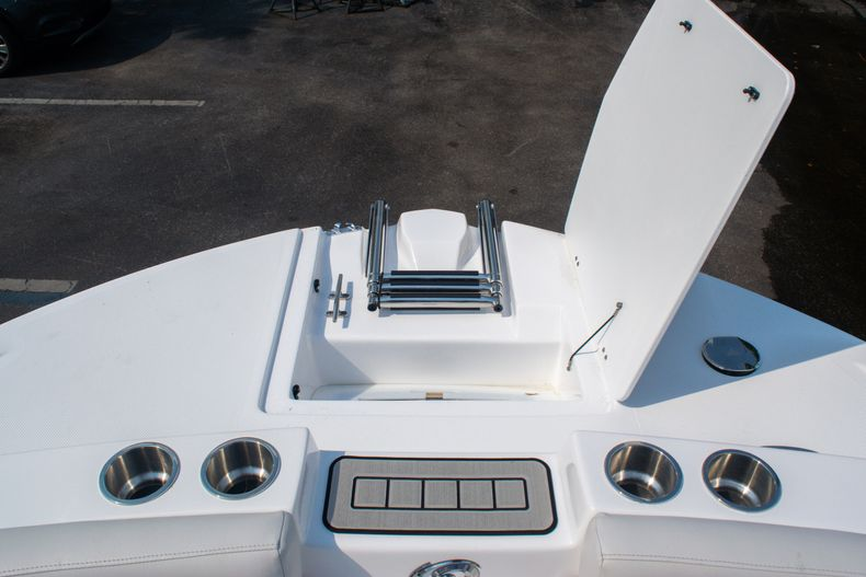 Thumbnail 32 for New 2020 Hurricane SS 218 OB boat for sale in West Palm Beach, FL