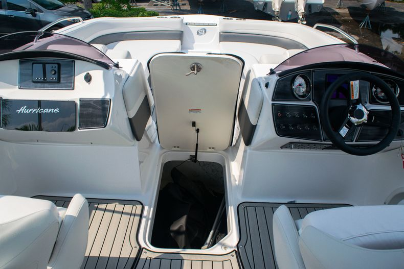 Thumbnail 26 for New 2020 Hurricane SS 218 OB boat for sale in West Palm Beach, FL