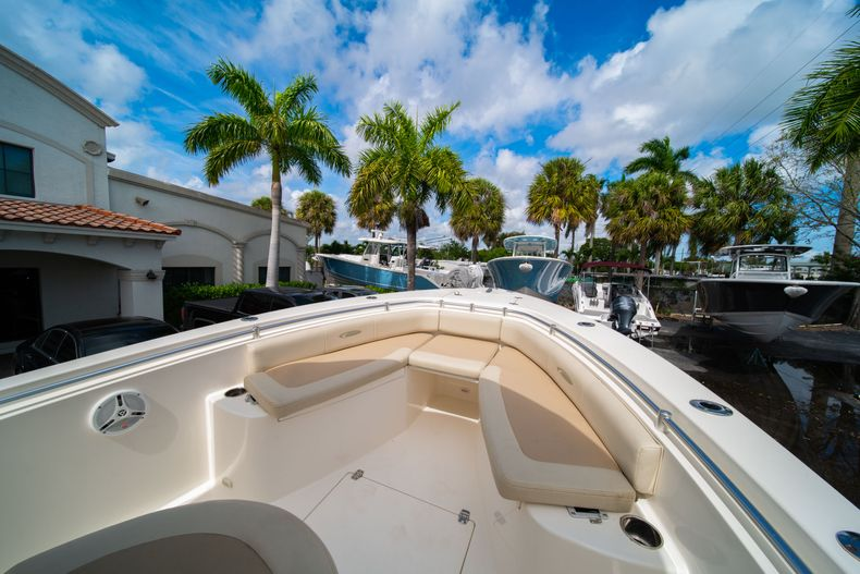 Thumbnail 36 for Used 2014 Cobia 256 Center Console boat for sale in West Palm Beach, FL