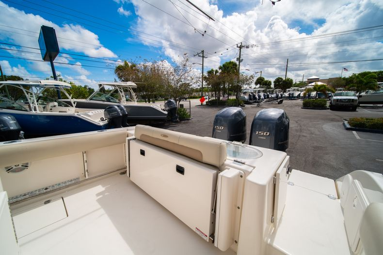 Thumbnail 13 for Used 2014 Cobia 256 Center Console boat for sale in West Palm Beach, FL
