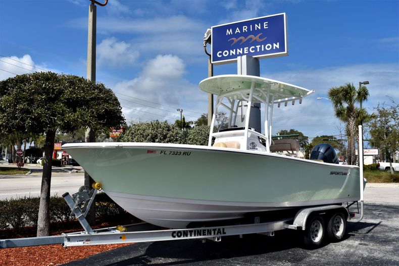 Thumbnail 1 for Used 2019 Sportsman Open 212 Center Console boat for sale in Vero Beach, FL