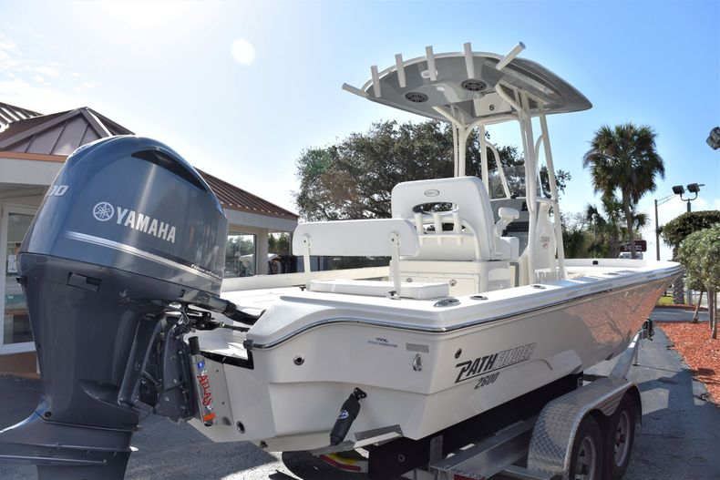 Thumbnail 5 for New 2020 Pathfinder 2600 HPS Bay Boat boat for sale in Vero Beach, FL