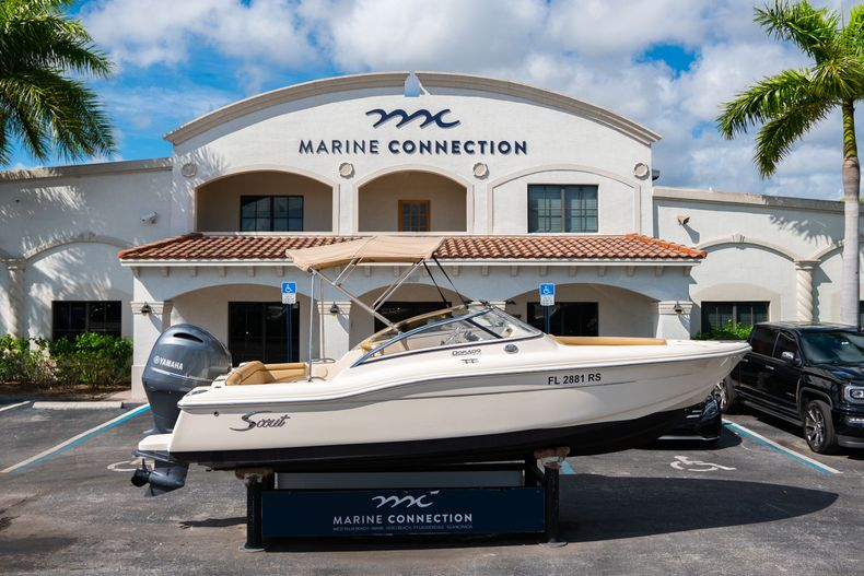 Used 2019 Scout 210 Dorado boat for sale in West Palm Beach, FL
