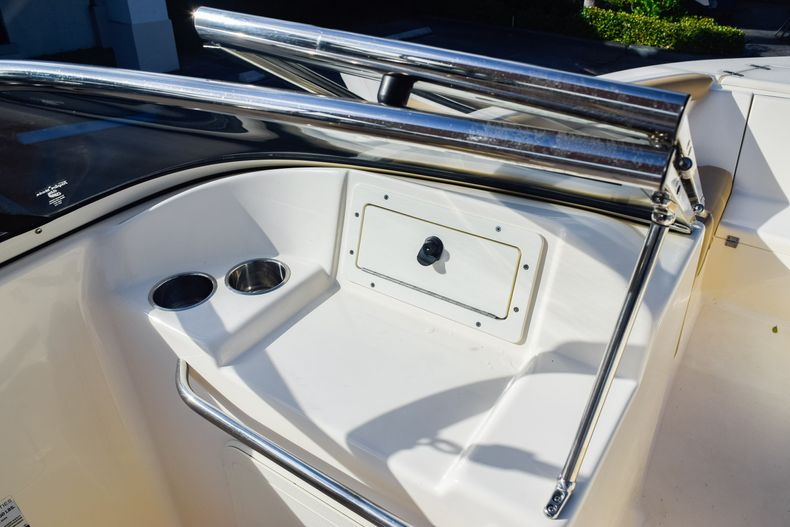 Thumbnail 24 for Used 2019 Scout 210 Dorado boat for sale in West Palm Beach, FL