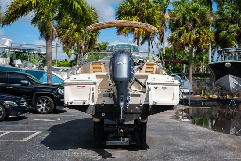 Thumbnail 6 for Used 2019 Scout 210 Dorado boat for sale in West Palm Beach, FL
