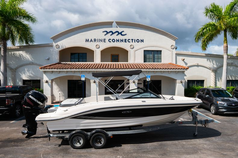 Used 2015 Sea Ray 21 SPX boat for sale in West Palm Beach, FL