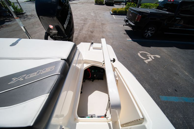 Thumbnail 30 for Used 2015 Sea Ray 21 SPX boat for sale in West Palm Beach, FL