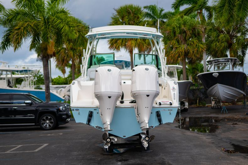 Thumbnail 6 for New 2020 Cobia 280 DC Dual Console boat for sale in West Palm Beach, FL