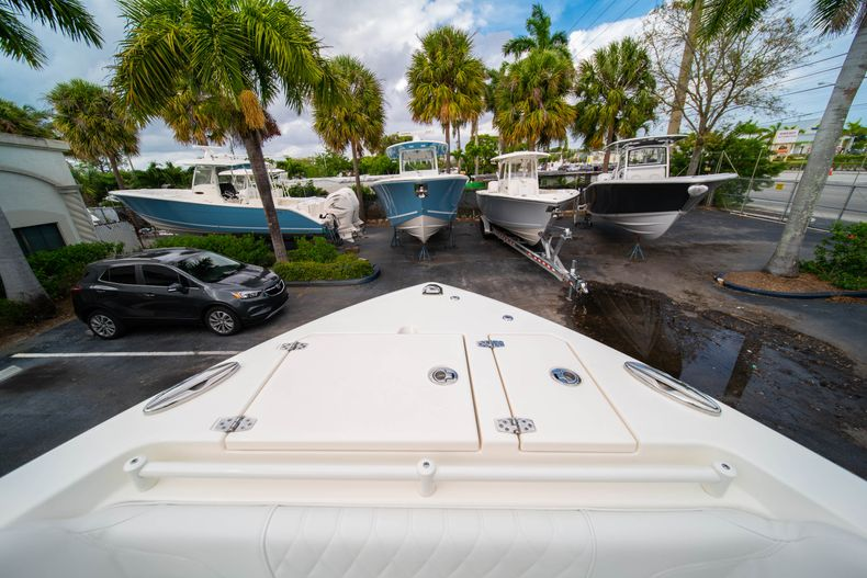 Thumbnail 47 for New 2020 Cobia 280 DC Dual Console boat for sale in West Palm Beach, FL