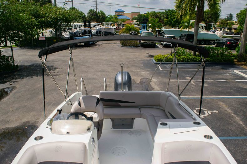 Thumbnail 36 for Used 2017 Hurricane SunDeck Sport SS 188 OB boat for sale in West Palm Beach, FL