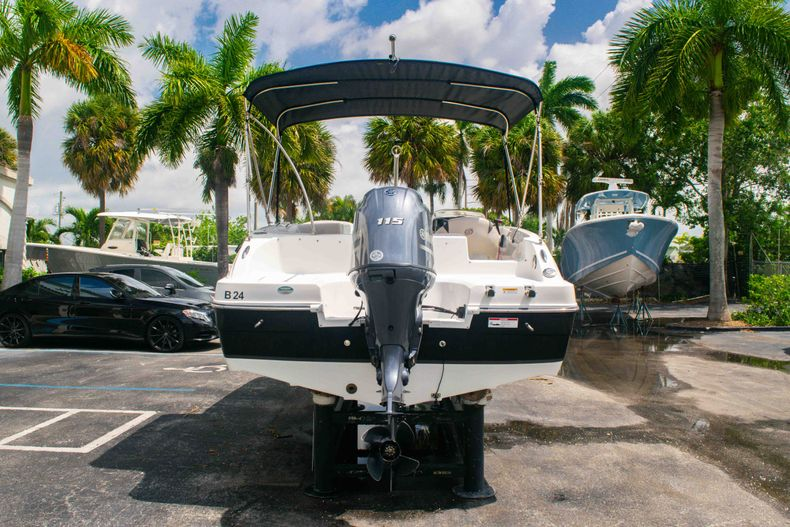 Thumbnail 6 for Used 2017 Hurricane SunDeck Sport SS 188 OB boat for sale in West Palm Beach, FL