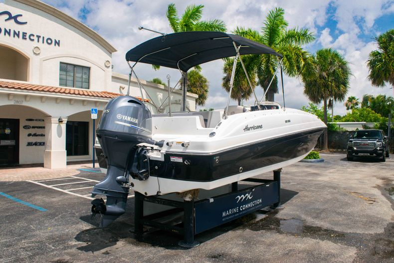 Thumbnail 7 for Used 2017 Hurricane SunDeck Sport SS 188 OB boat for sale in West Palm Beach, FL