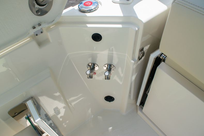 Thumbnail 15 for New 2020 Cobia 330 DC boat for sale in West Palm Beach, FL