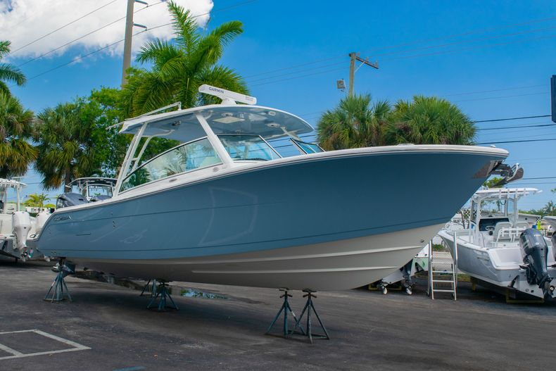 Thumbnail 6 for New 2020 Cobia 330 DC boat for sale in West Palm Beach, FL