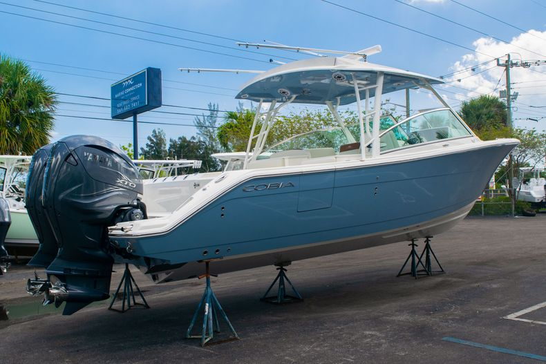 Image 3 for 2020 Cobia 330 DC in West Palm Beach, FL