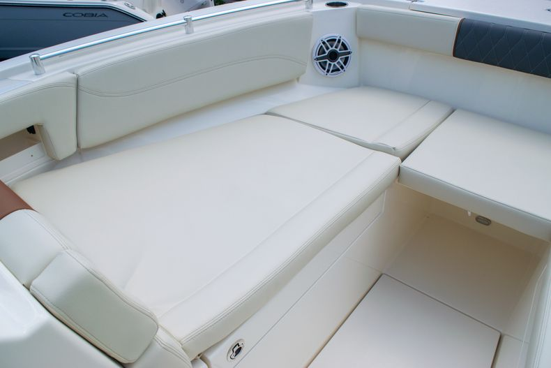 Thumbnail 62 for New 2020 Cobia 330 DC boat for sale in West Palm Beach, FL