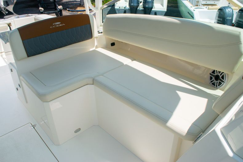 Thumbnail 32 for New 2020 Cobia 330 DC boat for sale in West Palm Beach, FL