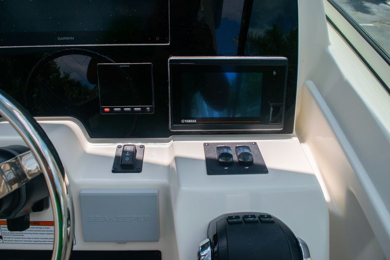 Thumbnail 43 for New 2020 Cobia 330 DC boat for sale in West Palm Beach, FL