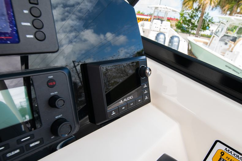 Thumbnail 31 for New 2020 Cobia 240 DC Dual Console boat for sale in Vero Beach, FL