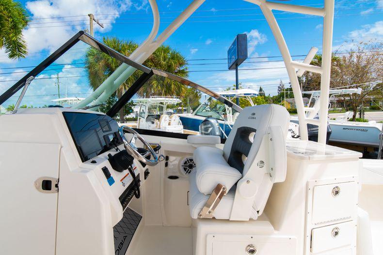 Thumbnail 32 for New 2020 Cobia 240 DC Dual Console boat for sale in Vero Beach, FL