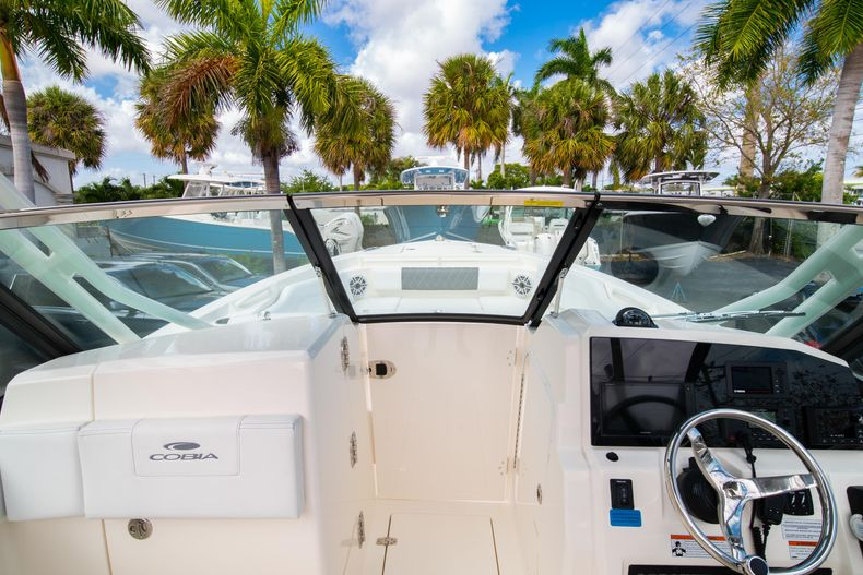 Thumbnail 45 for New 2020 Cobia 240 DC Dual Console boat for sale in Vero Beach, FL