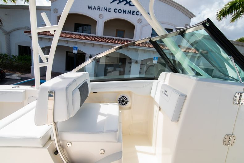 Thumbnail 38 for New 2020 Cobia 240 DC Dual Console boat for sale in Vero Beach, FL