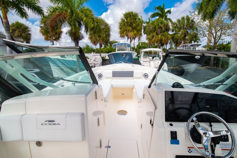 Thumbnail 44 for New 2020 Cobia 240 DC Dual Console boat for sale in Vero Beach, FL