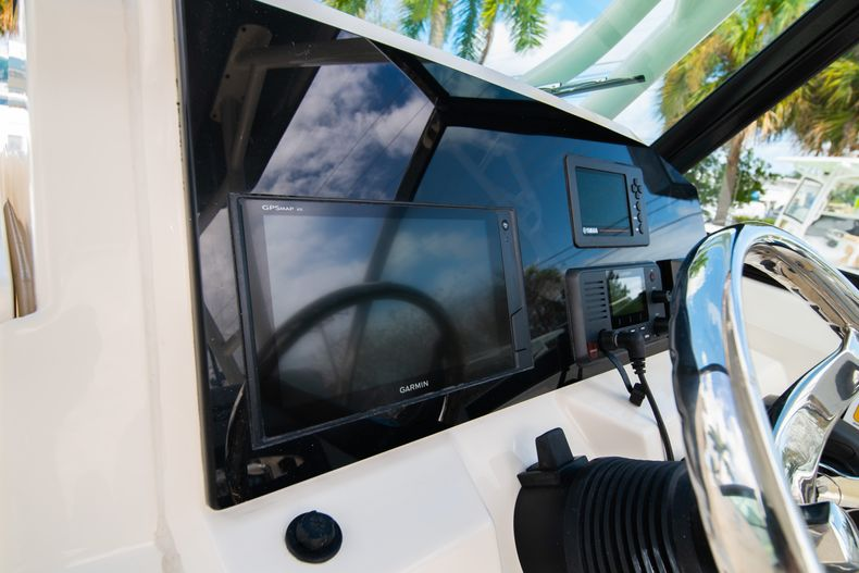 Thumbnail 29 for New 2020 Cobia 240 DC Dual Console boat for sale in Vero Beach, FL